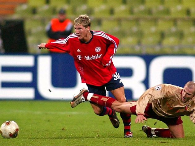 Ảnh sự nghiệp Schweinsteiger - Bóng Đá