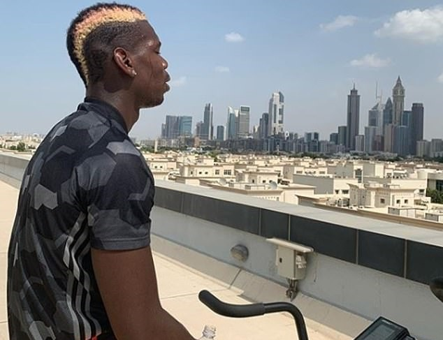 'Show off or motivation?': Paul Pogba puts in the hard work on his Dubai break - Bóng Đá
