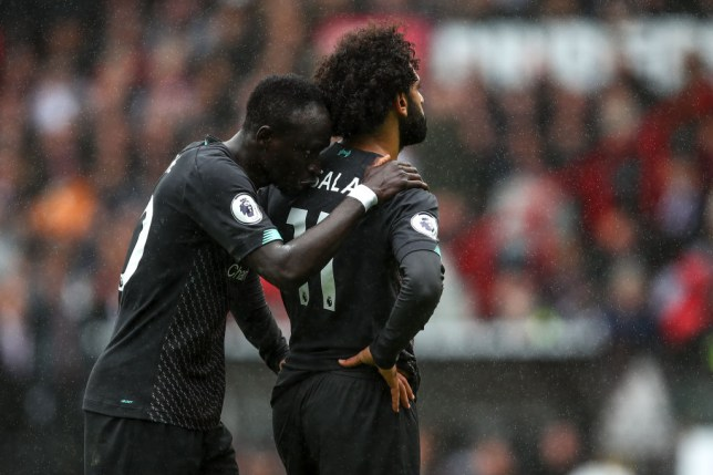 Sadio Mane reveals Mohamed Salah's 'strange reaction' in Liverpool dressing room after row  - Bóng Đá