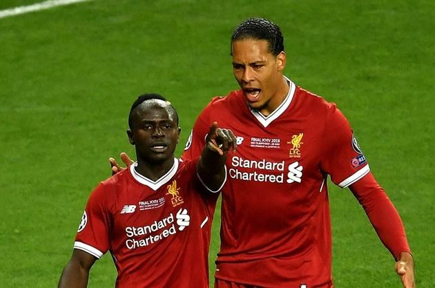 Sadio Mane takes a surprising pick between Messi and Van Dijk - Bóng Đá