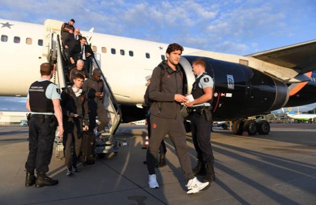 Ảnh Chelsea bay đến Hà Lan - Bóng Đá