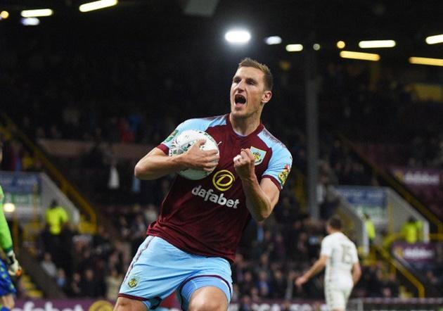 Chris Wood signs new Burnley contract running to 2023 - Bóng Đá