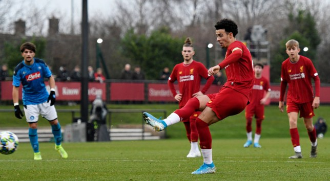 Curtis Jones tells Harvey Elliott 'shut your mouth' in heated exchange during Liverpool U19 win   - Bóng Đá