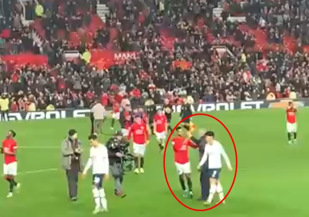 Jose Mourinho congratulates every Manchester United player after Tottenham defeat   - Bóng Đá