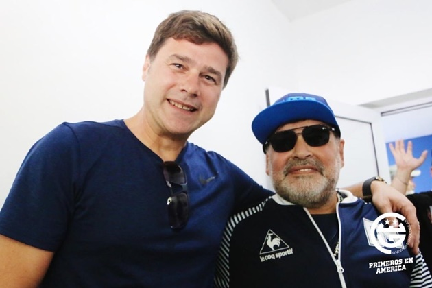 Ex-Spurs boss Pochettino visits Maradona before watching his Gimnasia side in action - Bóng Đá