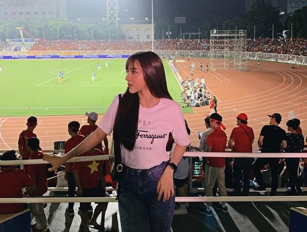 Những bóng hồng trong chiến thắng của ĐT Việt Nam - Bóng Đá