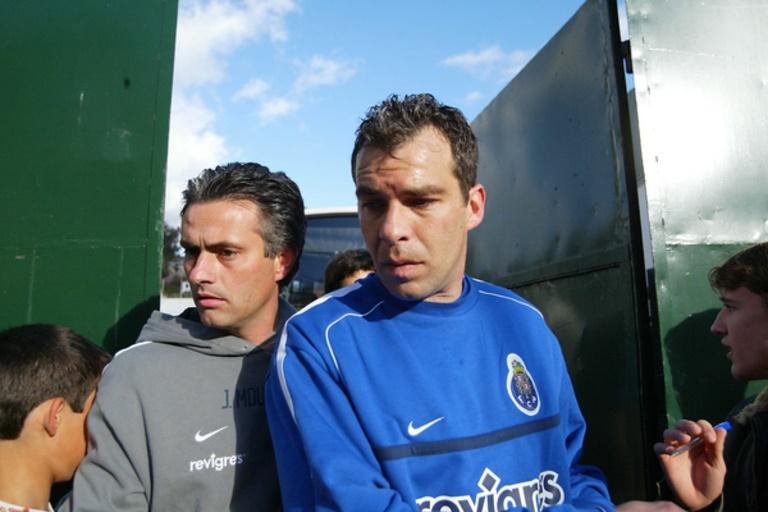 Mourinho: I've had captains who were not leaders - Bóng Đá