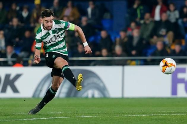 Solskjær wasn't happy with Pereira at half-time - Bóng Đá