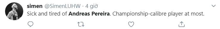 Fan Man Utd ném đá Pereira - Bóng Đá
