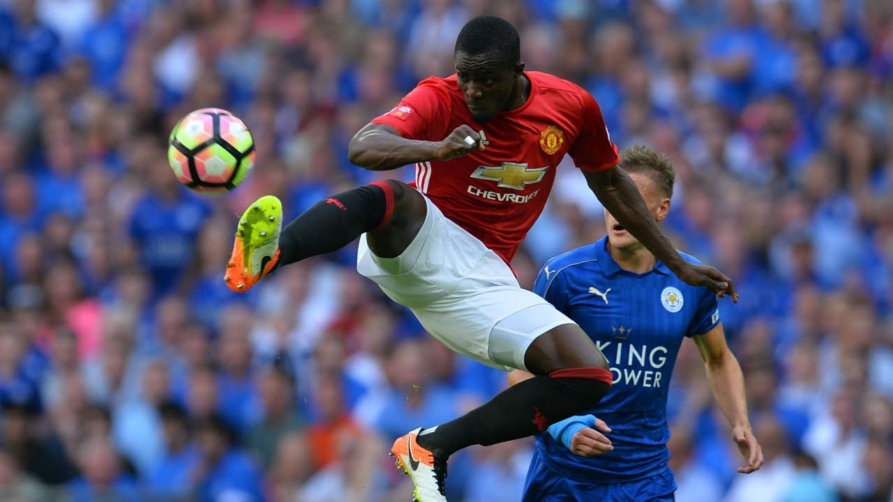 Eric Bailly is determined to repay Manchester United's faith in his abilities after extending his contract at the club - Bóng Đá