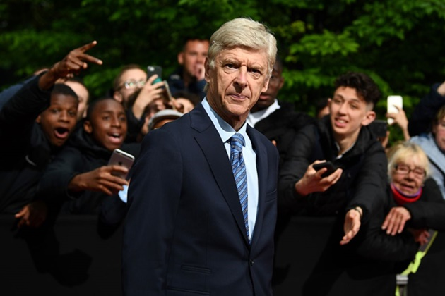 Wenger's offside law change 'impossible' for next season - IFAB chief - Bóng Đá