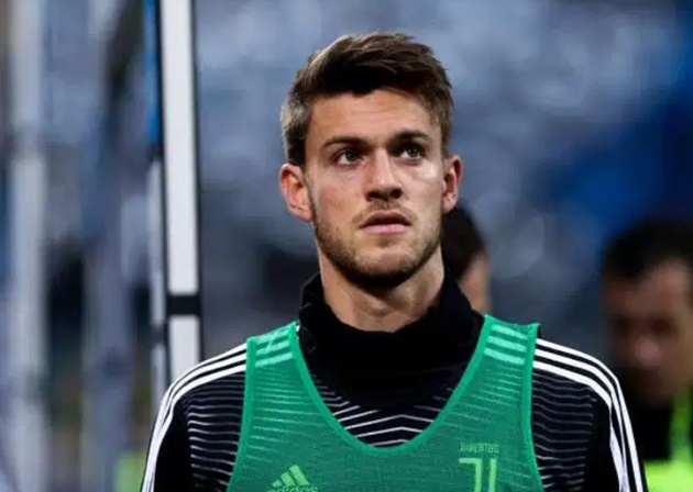 Cristiano Ronaldo is remaining in quarantine in his Madeira home after Juventus team-mate Daniele Rugani tested positive for coronavirus - Bóng Đá