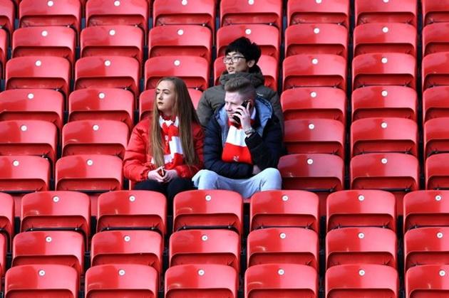Premier League đá. kí.n toà.n bộ. cá.c trậ.n cò.n lạ.i - Bó.ng Đá.