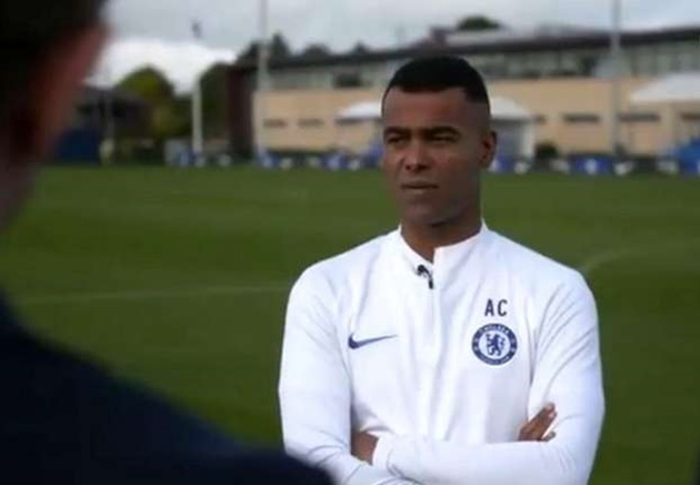 Ashley Cole attacked at home by gang of masked robbers who stole his jewellery - Bóng Đá