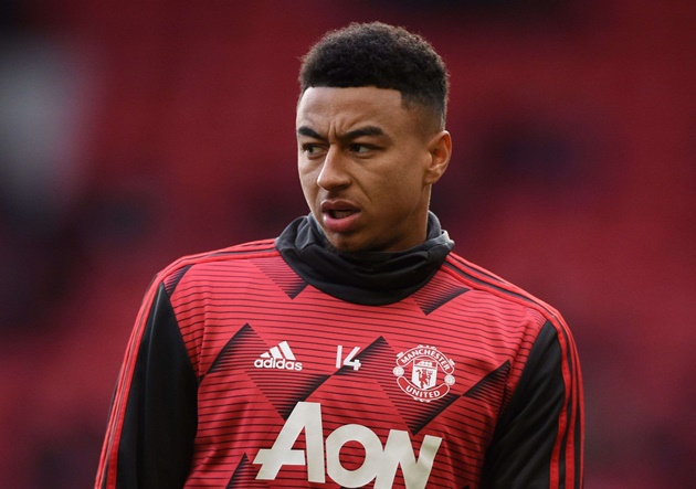 Man Utd star Jesse Lingard is 'texting Playboy model Laura Bragato whose bum brings good luck to football teams' - Bóng Đá