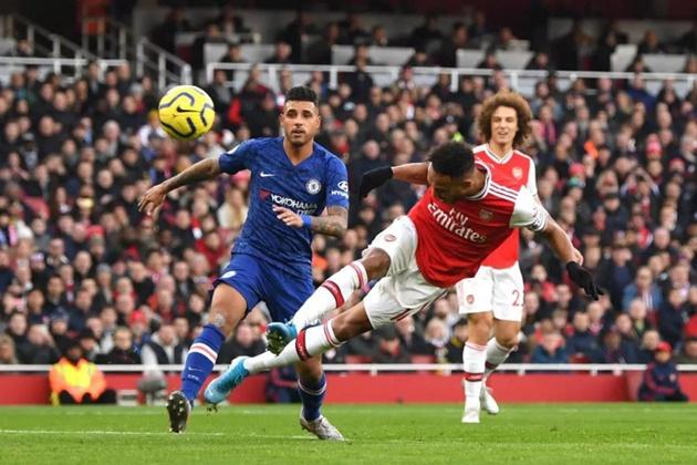 Chelsea eyeing shock deal for Arsenal star Pierre-Emerick Aubameyang   - Bóng Đá