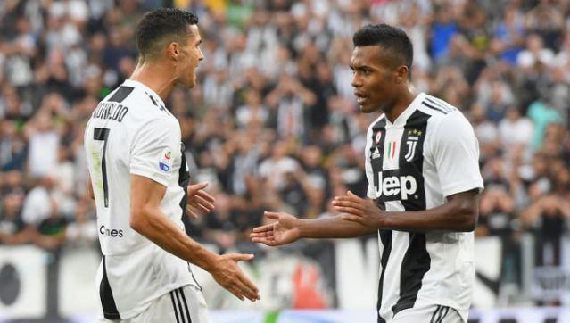 Juventus prepared to offer Chelsea Alex Sandro in Emerson Palmieri swap deal    - Bóng Đá