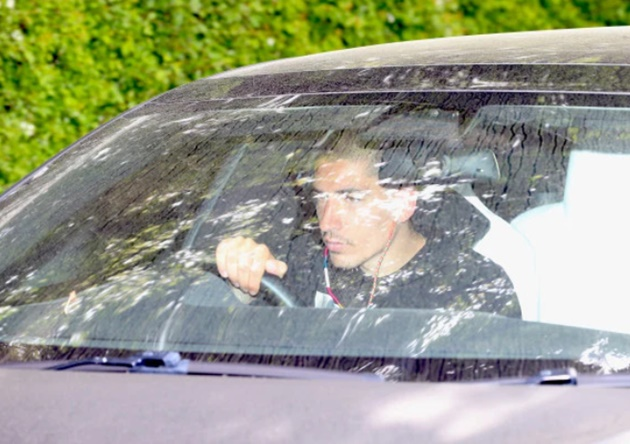 Arsenal stars arrive at training for as they become first Premier League club to return after 47 days of isolation - Bóng Đá