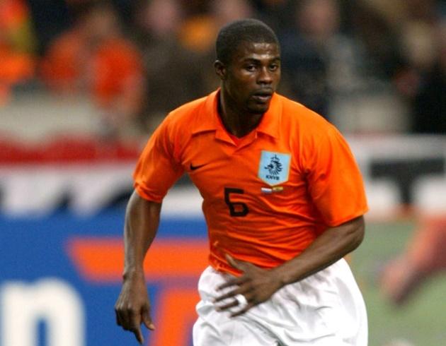 Dutch players with most Premier League games - Bóng Đá