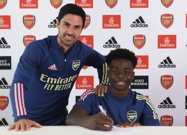 Arsenal confirm Bukayo Saka has signed new long-term contract    - Bóng Đá