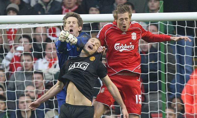 Nemanja Vidic names the four best Premier League strikers he faced at Man Utd - Bóng Đá