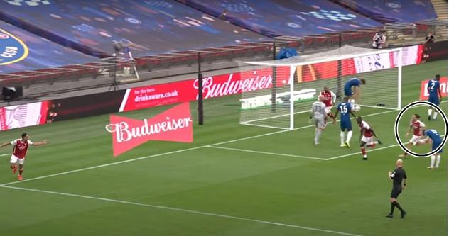 Jorginho shout at Chelsea team-mate Kurt Zouma as he gets skinned by Aubameyang for Arsenal's FA Cup winning goal - Bóng Đá