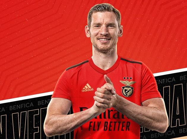Vertonghen joins Benfica - Bóng Đá