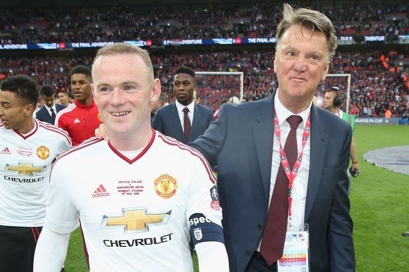 Louis van Gaal responds to Wayne Rooney claim about his Manchester United tenure - Bóng Đá