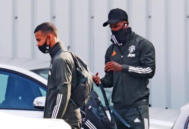Dean Henderson and Teden Mengi in Manchester United squad vs Luton - Bóng Đá