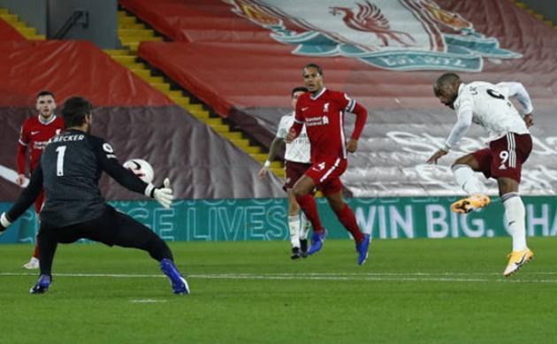 TRỰC TIẾP Liverpool 2-1 Arsenal (H2): Lacazette bỏ lỡ thời cơ vàng - Bóng Đá