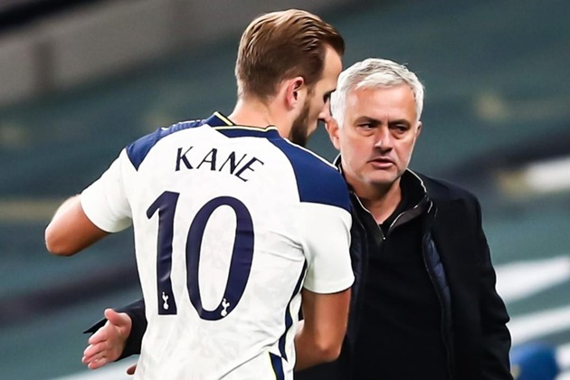 Mourinho: Kane scores so many hat-tricks he probably doesn't keep the balls anymore! - Bóng Đá