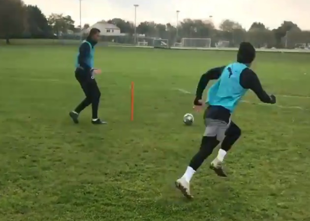 Jack Wilshere trains in local park to keep fit as injury-plagued ex-Arsenal searches for new club after West Ham axing - Bóng Đá