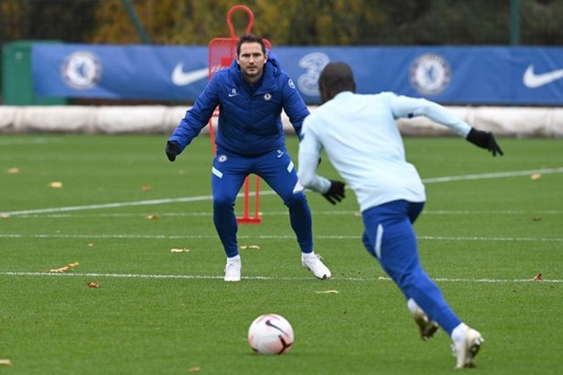 Billy Gilmour returns to Chelsea training after knee injury – and immediately trolls Timo Werner  - Bóng Đá