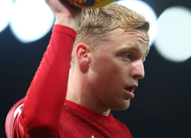 Donny van de Beek makes Manchester United selection admission and describes best position - Bóng Đá