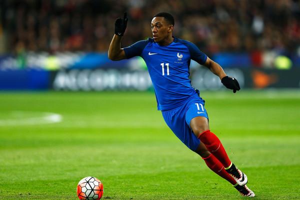 Có nguy cơ phải bán xới khỏi Old Trafford, bị loại khỏi tuyển Pháp, Martial còn phải nghe lời cay đắng - Bóng Đá
