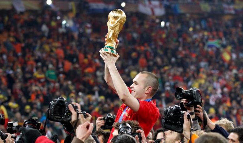 CHÍNH THỨC: Andres Iniesta chia tay sự nghiệp thi đấu quốc tế - Bóng Đá