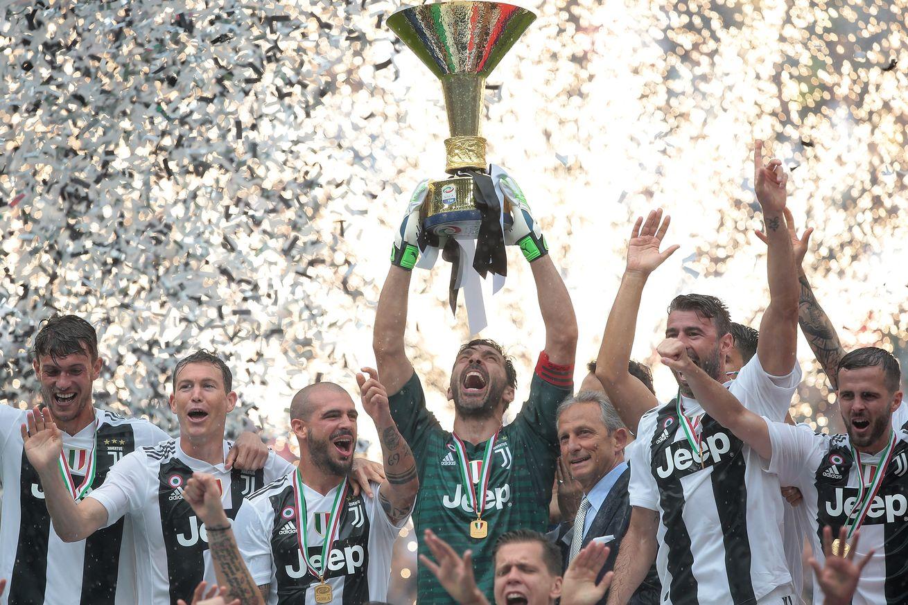 XONG! Gianluigi Buffon chính thức gia nhập PSG sau 17 năm cống hiến cho Juventus - Bóng Đá