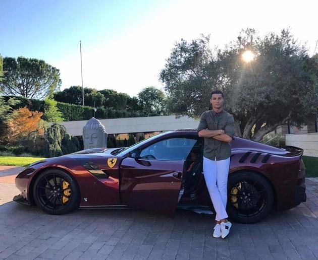 Dàn siêu xe của Messi, CR7