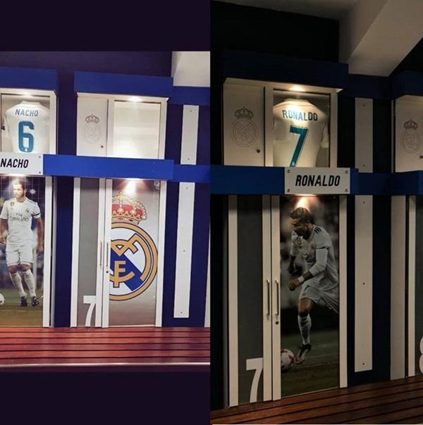 CĐV nghẹn ngào khi Real gỡ tên, bóc hình Ronaldo trong phòng thay đồ - Bóng Đá