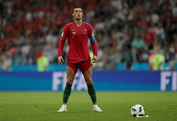CR7 ghi hat-trick, Neymar ăn vạ và 10 khoảnh khắc đáng nhớ ở World Cup - Bóng Đá