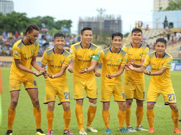 Từ nhóm cuối đến kỷ lục gia V-League, vì sao SLNA thăng hoa đến vậy? - Bóng Đá
