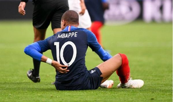 Bị chấn thương nghiêm trọng, Mbappe vẫn cố thi đấu 2 trận cuối World Cup - Bóng Đá