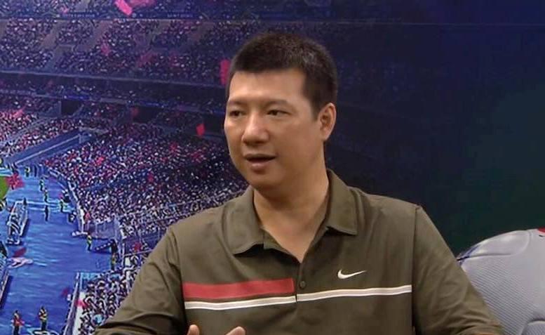 BLV Quang Huy lý giải HLV Park Hang-seo giữ Văn Quyết, loại Văn Lâm - Bóng Đá