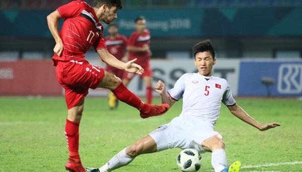 Văn Hậu trở lại trận gặp Olympic UAE, ông Park lo lắng vì Đình Trọng - Bóng Đá