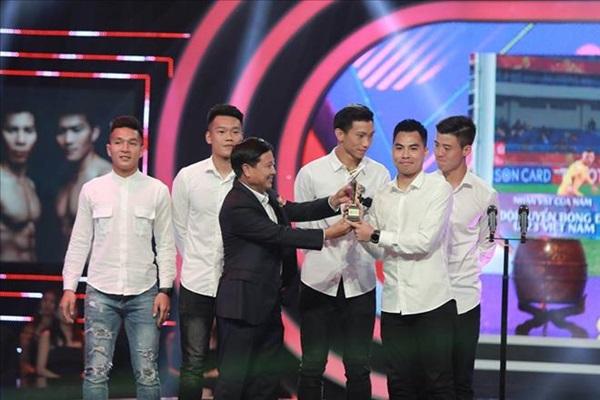 ĐT U23 Việt Nam giành danh hiệu nhân vật của năm - Bóng Đá