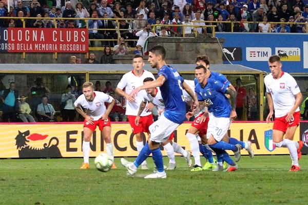 Italia hòa vất vả Ba Lan, Mancini nói gì về Balotelli? - Bóng Đá