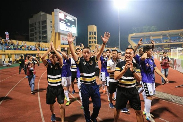HLV Park Hang Seo mừng nhất khi Hà Nội FC sớm vô địch V.League - Bóng Đá