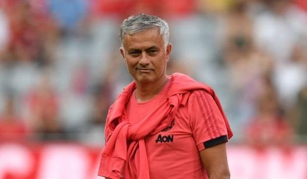 MU hoang mang cực độ: Mourinho, vì sao và vì sao? - Bóng Đá