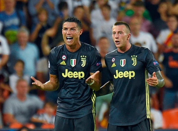 Ronaldo đón tin cực vui, tràn trề cơ hội đấu MU - Bóng Đá