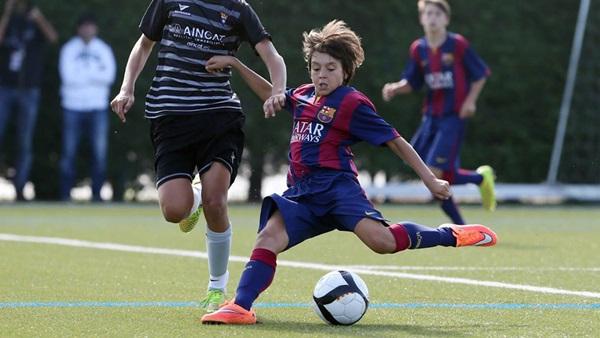 Lò La Masia của Barca - vùng đất đáng sợ với cầu thủ trẻ - Bóng Đá